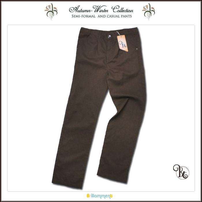 子供服 麻混素材で作られた高級仕立のパンツはセミフォーマルな装いがよく馴染む