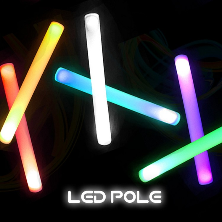 光るLEDスティック LEDポール 6パターンカラー変更可能 業販価格 ハロウィン 宴会 ナイトプール クラブ フェス 光る棒